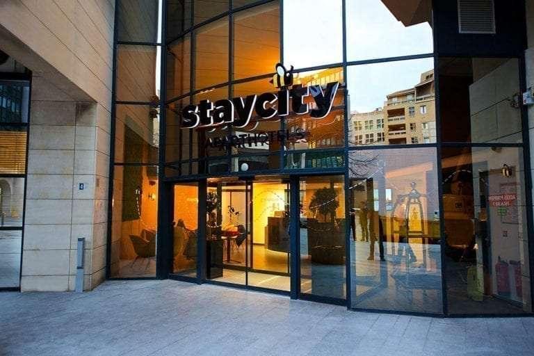 Staycity Marseille Hotel exterior