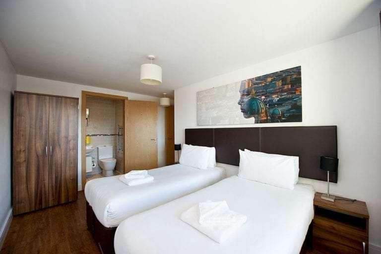 2 bedroom penthouse sleeps 6