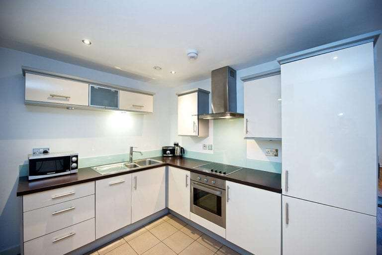 1 bedroom sleeps 6 kitchen