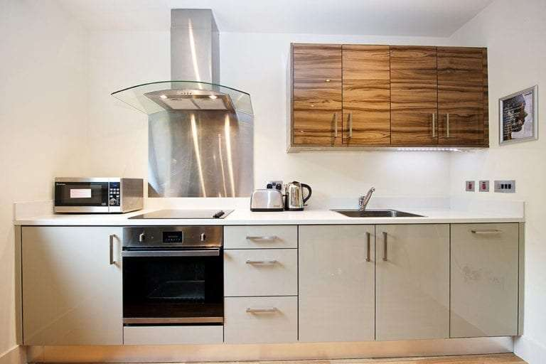 1 bedroom open plan kitchen